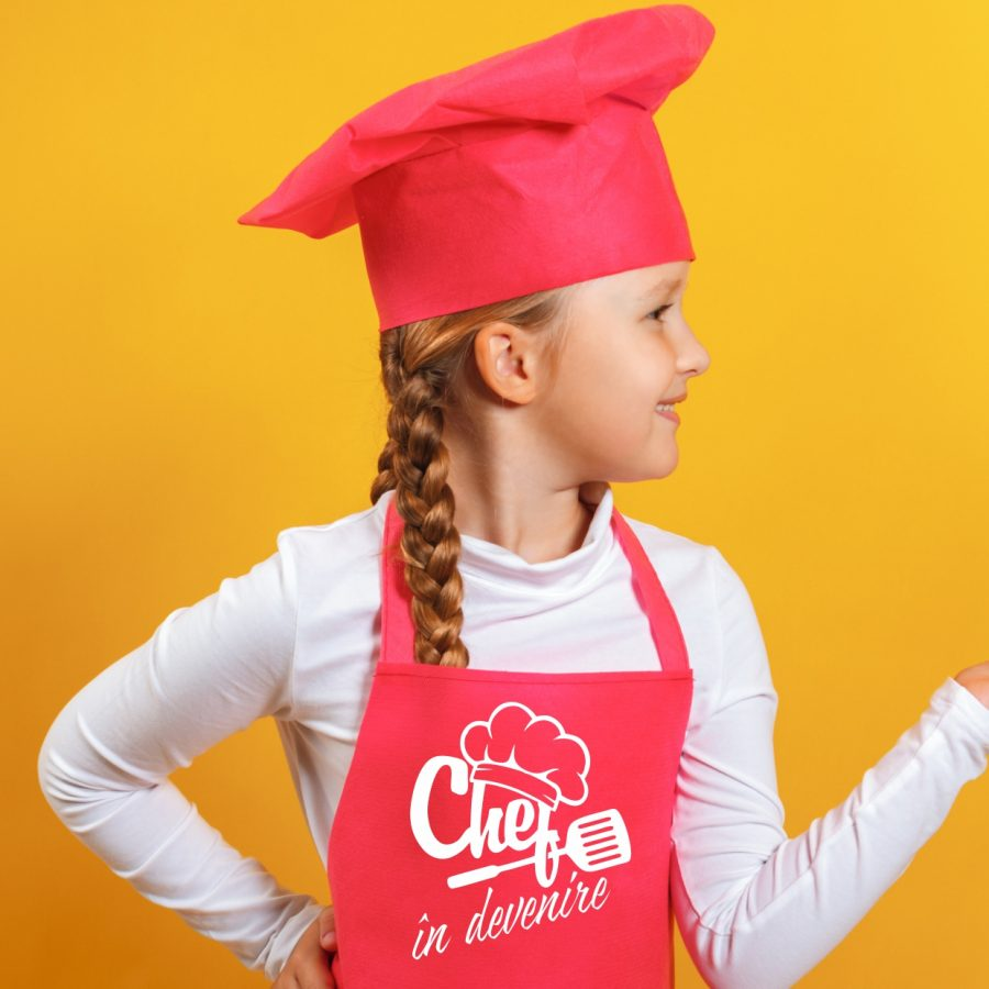 sort copii chef in training fetita